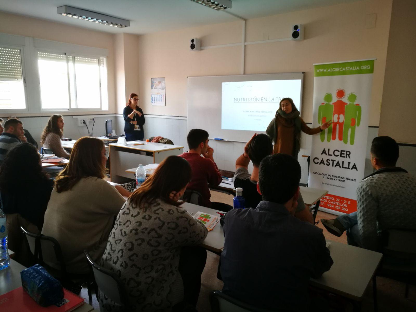 CHARLA DE NUTRICIÓN EN EL COLEGIO SAN CRISTÓBAL